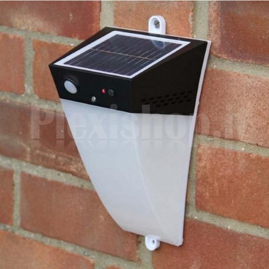 Applique led solare a muro da esterno con - Applique led esterno ...
