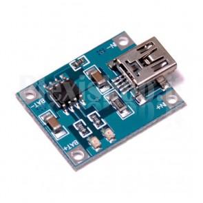 Modulo Micro-USB per caricare batterie al litio, basato sull' integrato TP4056