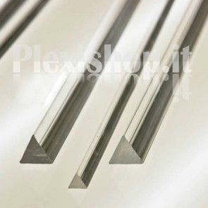 Triangular Bar 15x15x15 mm