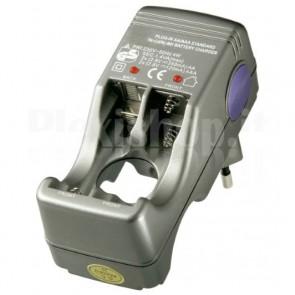 Caricabatteria per 2-4 batterie stilo/ ministilo Ni-Cd/Ni-MH